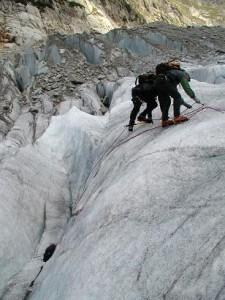 Her øves der spalteredning og brug af is-hakke. Min 1. gang på Steigisen